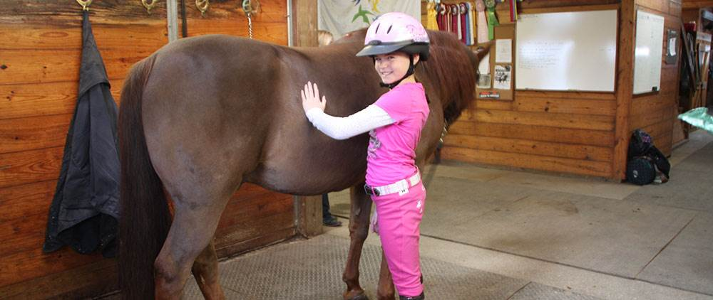 What should you look for in a horse camp?
