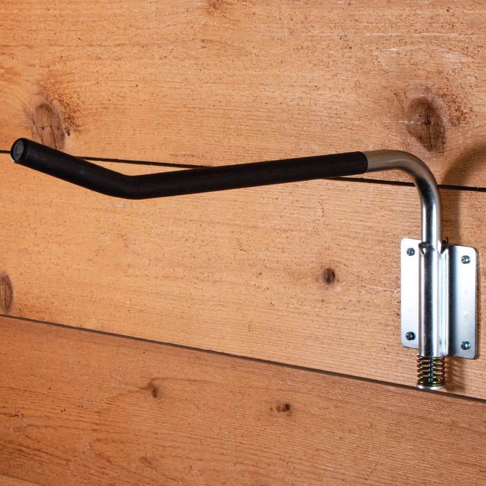 Easy-Up® Swing-Out Saddle Rack